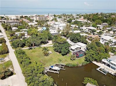 Fort Myers Beach Single Family Home For Sale: 175 Bahia Via