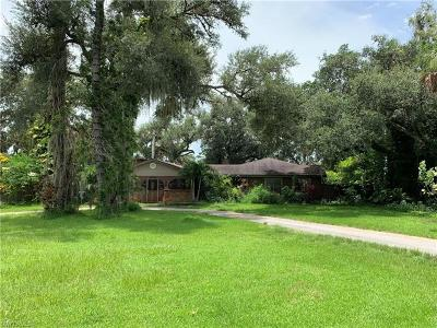 Single Family Home For Sale: 2074 Fort Denaud Rd