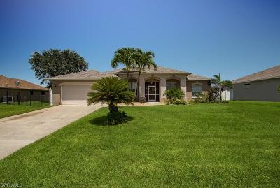 Cape Coral Single Family Home For Sale: 4315 SW 19th Pl