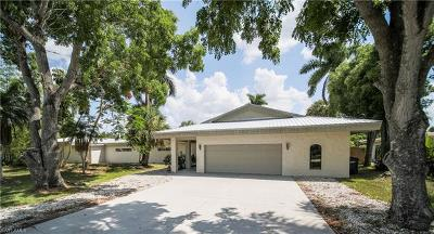 Fort Myers Single Family Home For Sale: 892 Dean Way