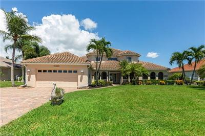 Cape Coral Single Family Home For Sale: 11908 King James Ct