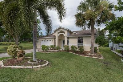North Fort Myers Single Family Home For Sale: 3992 Sabal Springs Boulevard