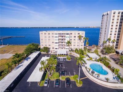 Fort Myers Condo/Townhouse For Sale: 1900 Clifford St #301