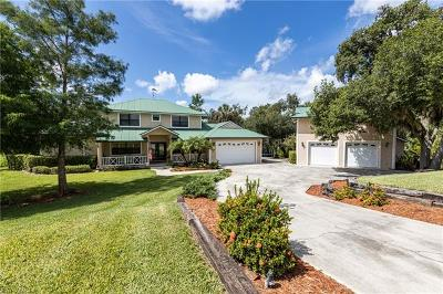 Single Family Home For Sale: 18081 Riverchase Ct