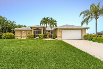 Cape Coral Single Family Home For Sale: 2207 SW 52nd Street