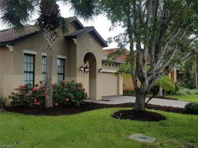 Fort Myers Single Family Home For Sale: 12012 Country Day Cir
