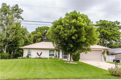 Cape Coral Single Family Home For Sale: 700 SW 6th Ave