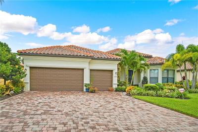 Fort Myers Single Family Home For Sale: 11275 Bluff Oak Ln