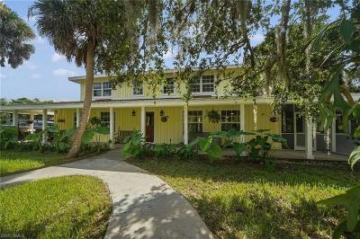 Bokeelia Single Family Home For Sale: 15700 Bahama Way