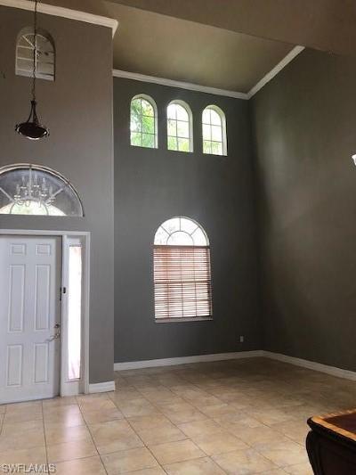 Lehigh Acres Single Family Home For Sale: 11503 Centaur Way