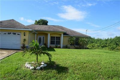Lehigh Acres Single Family Home For Sale: 3317 3rd St W