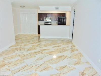 Fort Myers Condo/Townhouse For Sale: 5309 Summerlin Rd #901