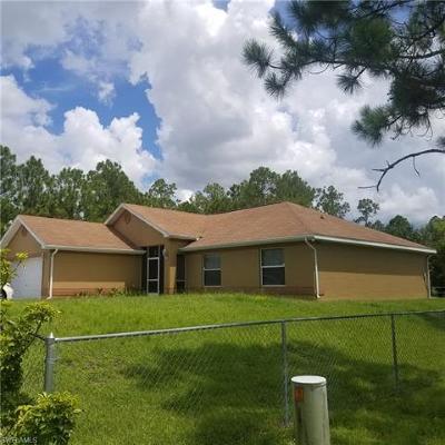 Lehigh Acres Single Family Home For Sale: 3815 Sunset Rd