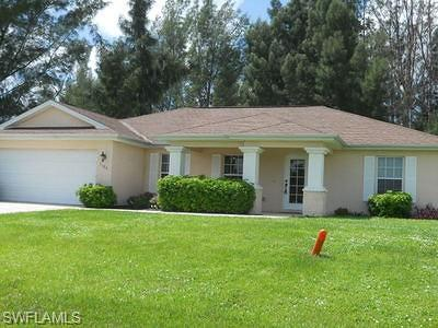 Cape Coral Single Family Home For Sale: 1106 El Dorado Blvd N