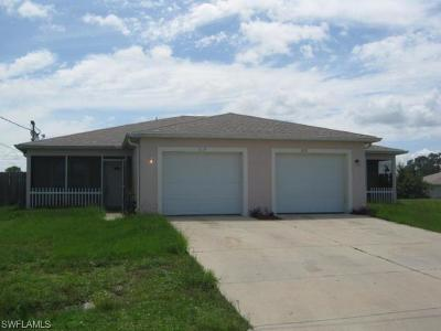 Lehigh Acres Multi Family Home For Sale: 733 Jack Ave S
