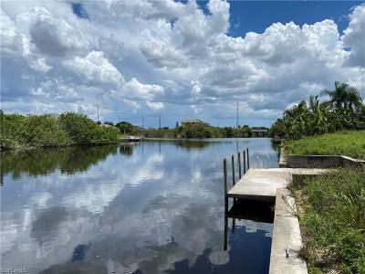 Lee County Residential Lots & Land For Sale: 909 NW 3rd Pl
