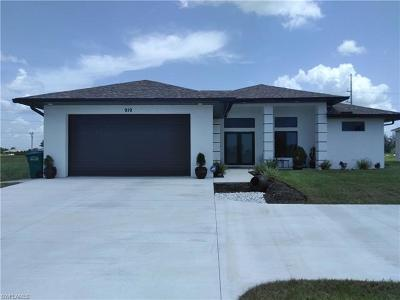 Cape Coral Single Family Home For Sale: 919 NW Juanita Pl