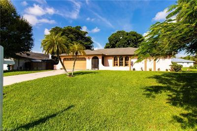Cape Coral Single Family Home For Sale: 608 SE 2nd Pl
