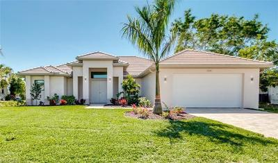 Cape Coral Single Family Home For Sale: 1704 SW 44th St