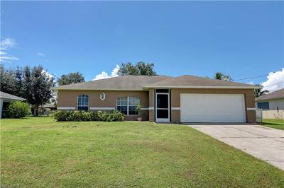 Cape Coral Single Family Home For Sale: 2208 SE 3rd St