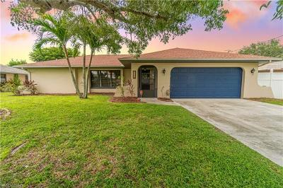 Cape Coral Single Family Home For Sale: 1435 SE 18th Ter