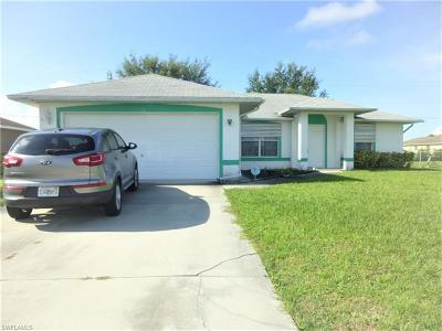 Cape Coral Single Family Home For Sale: 1130 NW 15th Ter