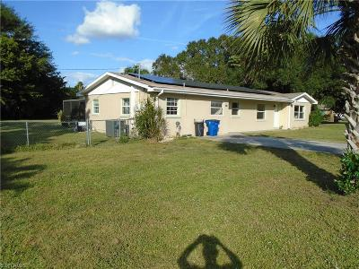 North Fort Myers Single Family Home For Sale: 96 E Mariana Avenue