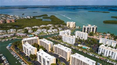 Fort Myers Beach Condo/Townhouse For Sale: 4421 Bay Beach Lane #624