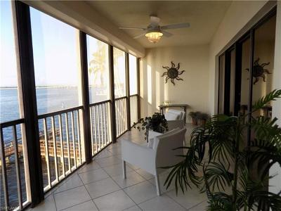 Fort Myers FL Condo/Townhouse For Sale: $299,900