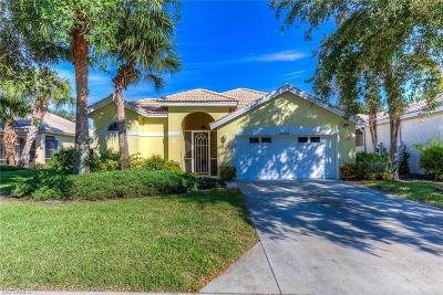 Naples Single Family Home For Sale: 6049 Highwood Park Lane