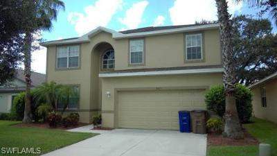 Lehigh Acres Single Family Home For Sale: 321 Shadow Lakes Dr