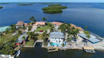 Matlacha Single Family Home For Sale: 11940 Island Avenue