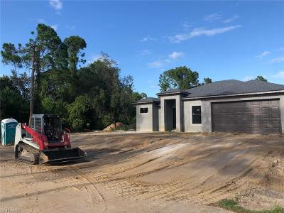 Lehigh Acres Single Family Home For Sale: 504 Lake Ave