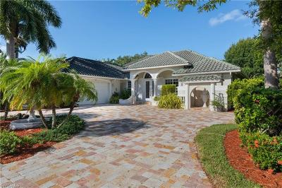 Fort Myers Single Family Home For Sale: 22 S Timberland Circle