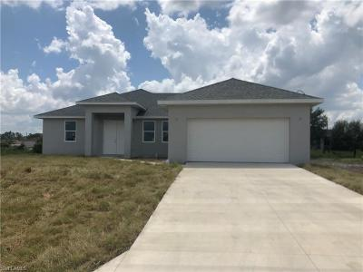 Lehigh Acres Single Family Home For Sale: 4023 SW 25th Street