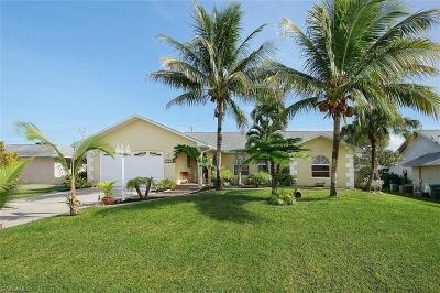 Cape Coral Single Family Home For Sale: 3803 Pelican Blvd
