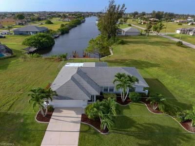 Cape Coral Single Family Home For Sale: 3612 Yucatan Parkway