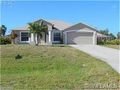 Cape Coral Single Family Home For Sale: 1306 SW 9th Court