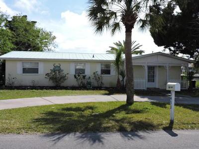 Hernando Beach Single Family Home For Sale: 3450 Gulfview Drive