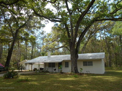 Brooksville Single Family Home Active - Under Contract: 7343 Mitchell