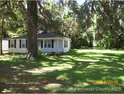 Brooksville Single Family Home For Sale: 19348 Ingram Street