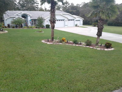 Weeki Wachee Single Family Home For Sale: 9571 Bearfoot Trail