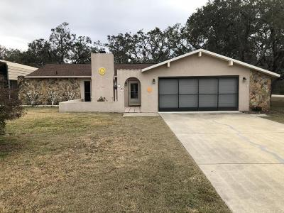 Spring Hill Single Family Home For Sale: 7232 Lagoon Road