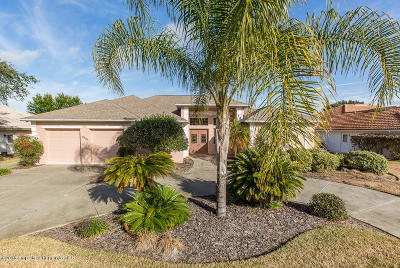 Weeki Wachee Single Family Home For Sale: 9319 Ashley