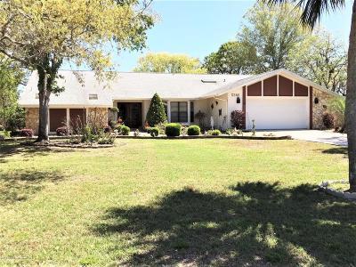 Weeki Wachee Single Family Home For Sale: 5366 Patricia Place