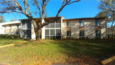 Hudson Condo/Townhouse For Sale: 13103 NE Cypress Hill Drive #D1