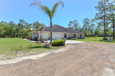 Brooksville Single Family Home For Sale: 8441 Stardust Way