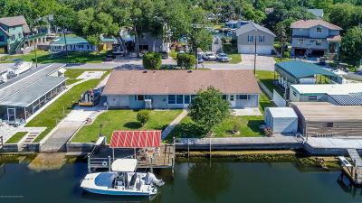 Weeki Wachee Single Family Home For Sale: 5348 Circle Drive