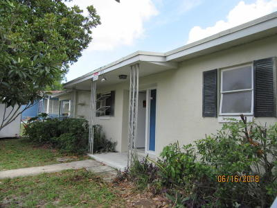 Hernando County Single Family Home For Sale: 6361 Holiday Drive