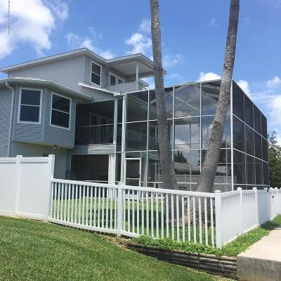 Hernando Beach Single Family Home For Sale: 4000 Gulf Coast